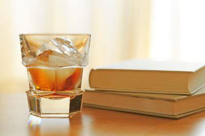 自宅でじっくり飲むお酒