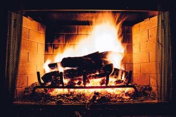 ピートを焚いた熱で麦芽を乾燥させる
