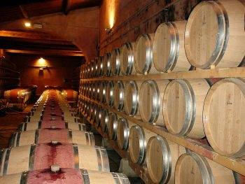 ワインの熟成期間も値段を決める要素ではあるが…