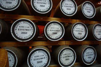 カバランを熟成している樽