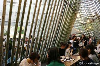 500本の竹で出来た回廊は存在感抜群。