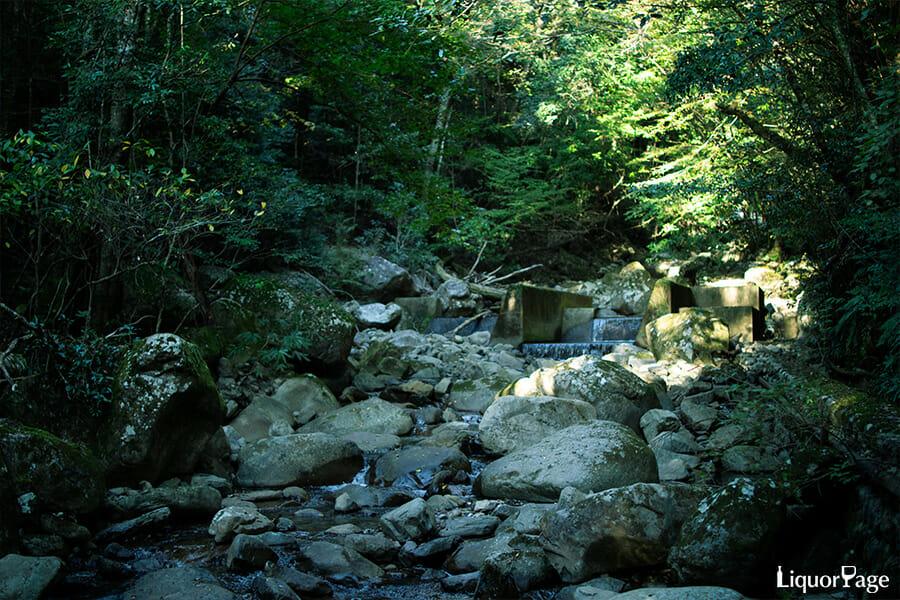 尾鈴山蒸留所の水源