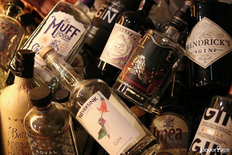クラフトジンを中心に、ジンは個性豊かなボトルデザインのブランドが多い