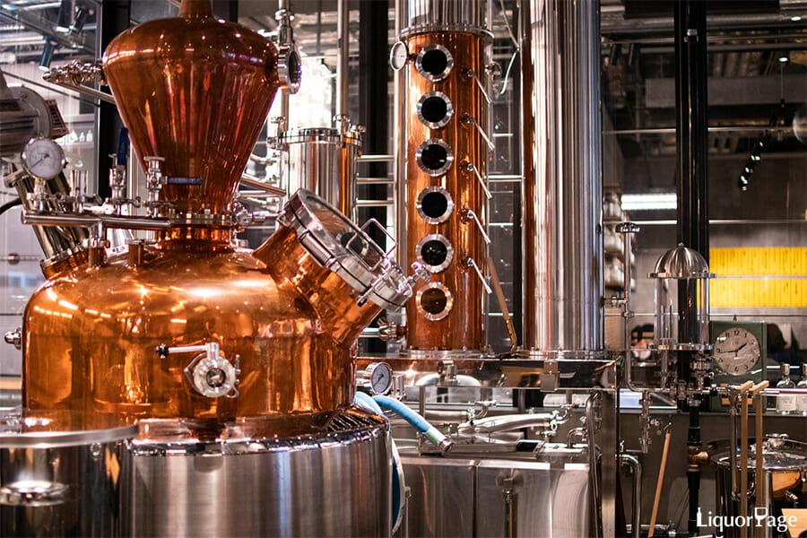 ハイブリットスチルとも呼ばれる最新型の蒸溜器