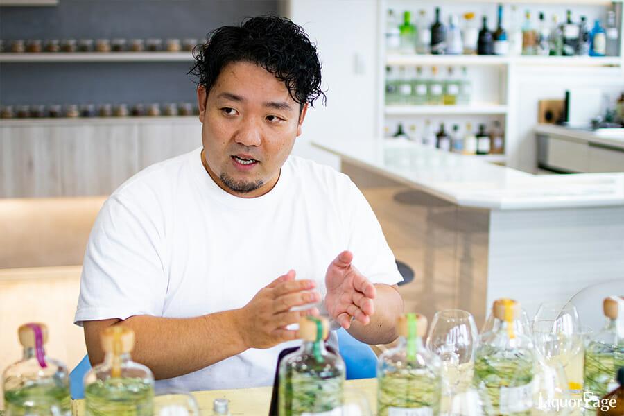 越後薬草の社長・塚田和志さん